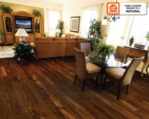 Hardwood - LW Mt Walnut Natural