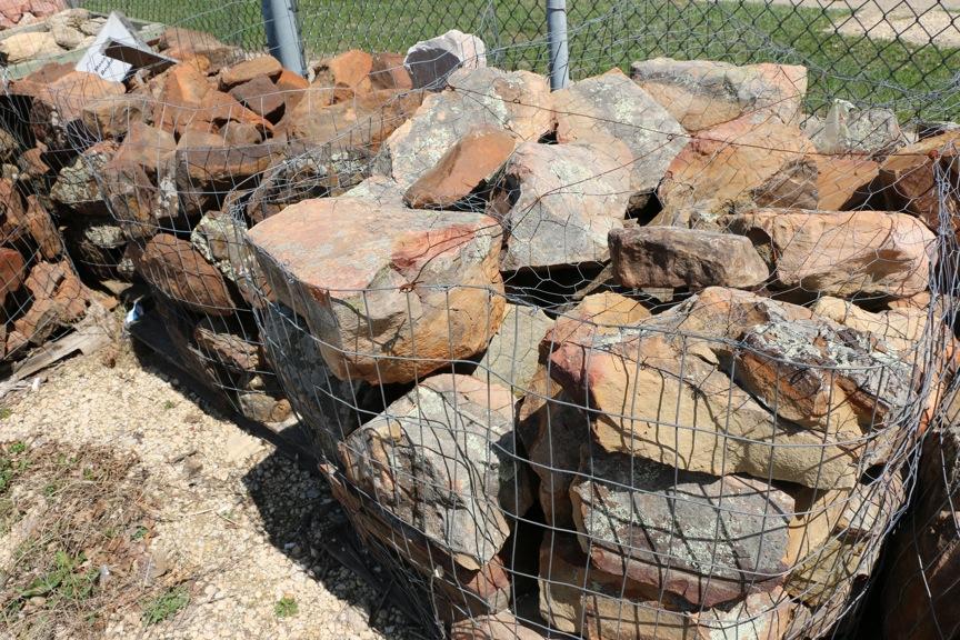 Boulders rockford il benson stone co for Decorative boulders for sale