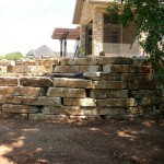 Door County Weathered Edge Seamface Outcropping Landscape Stone