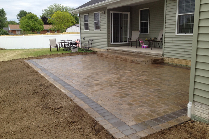 Chesterville In Saddlebrook Sealed Paver Patio By Stone Creek At Benson  Stone Co. In Rockford