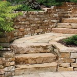 Kodiak Natural Retaining Wall Stone at Benson Stone Co. in Rockford, IL