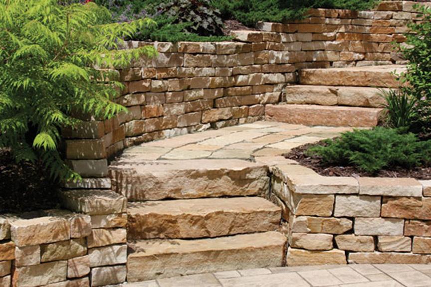 Kodiak Natural Retaining Wall Stone At Benson Co In Rockford Il