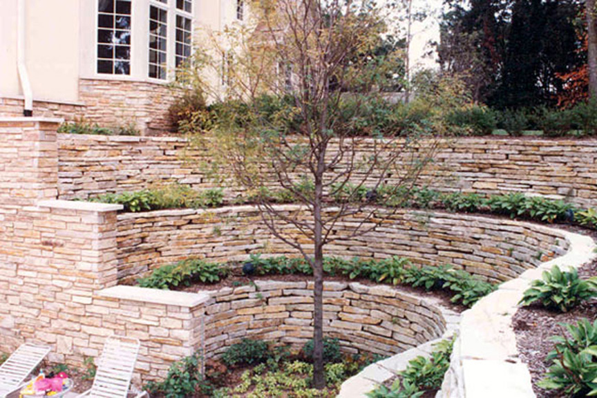 Ordinaire Lannon Weatheredge Natural Retaining Wall Stone At Benson Stone Co. In  Rockford, IL