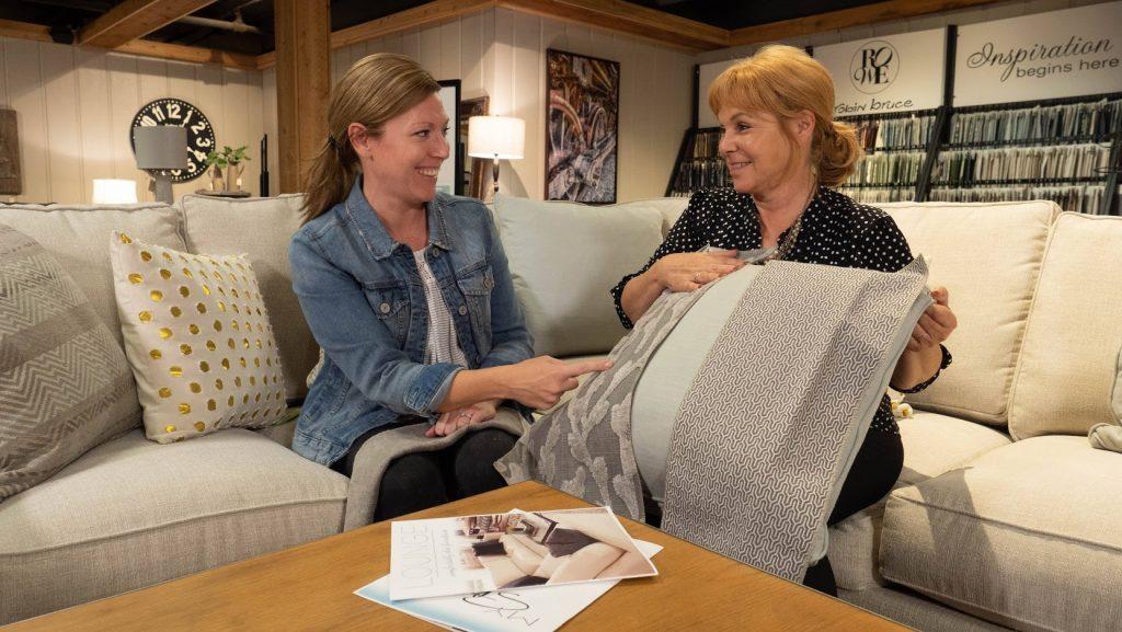 Benson Stone Furniture Designer showing throw pillow fabric options